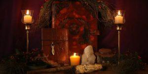 Rituales de amor bajo la luz de la Luna: 5 Conjuros que funcionan