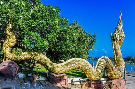 serpientes de naga budismo