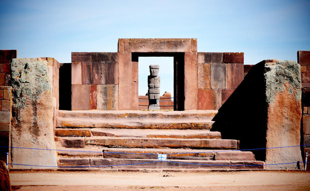portales de tiahuanaco